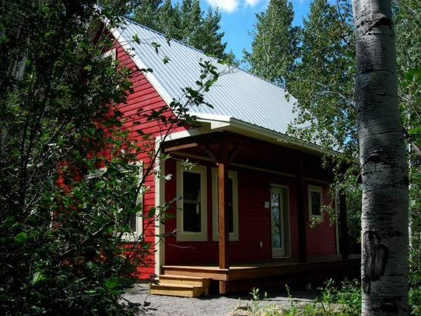 Little-Red-Cabin