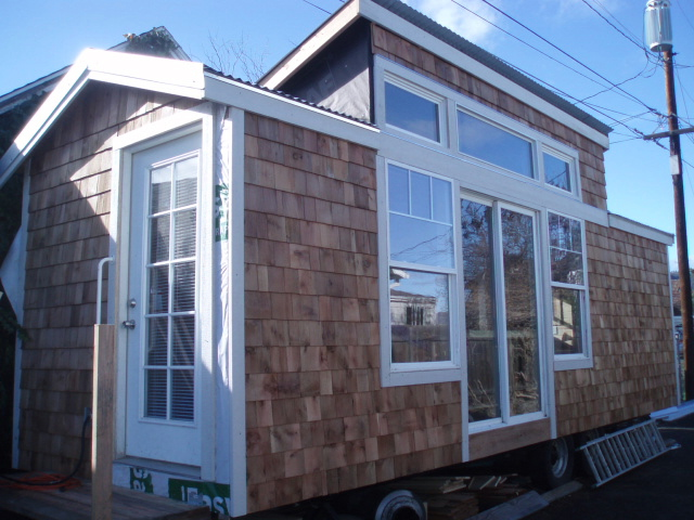Mike Irish's Pive Solar Cottage on solar log home plans, solar painting, solar house design, solar refrigerator plans, vacation homes house plans, solar wallpaper, storage shed house plans, solar floor plans,