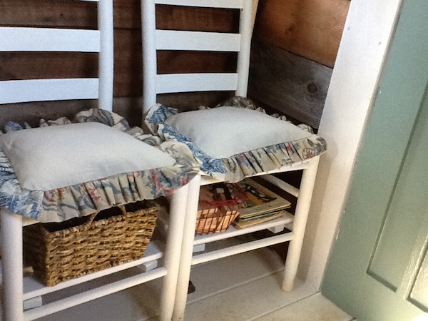 chairs with storage
