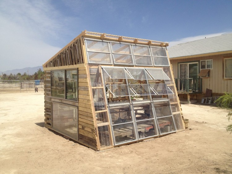we-quit-our-jobs-greenhouse