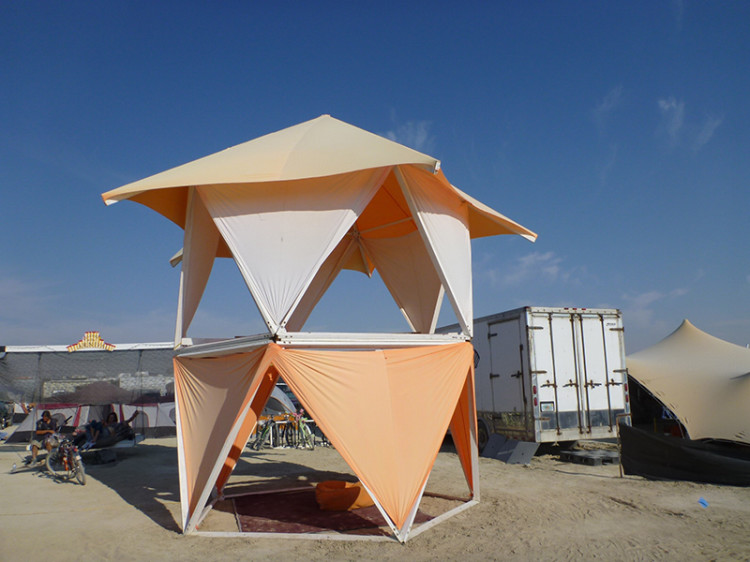 burning-man-tiny-house31